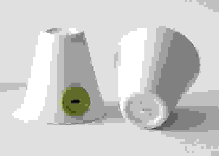 Attacca Bottone di Playdesign Moderno Ceramica