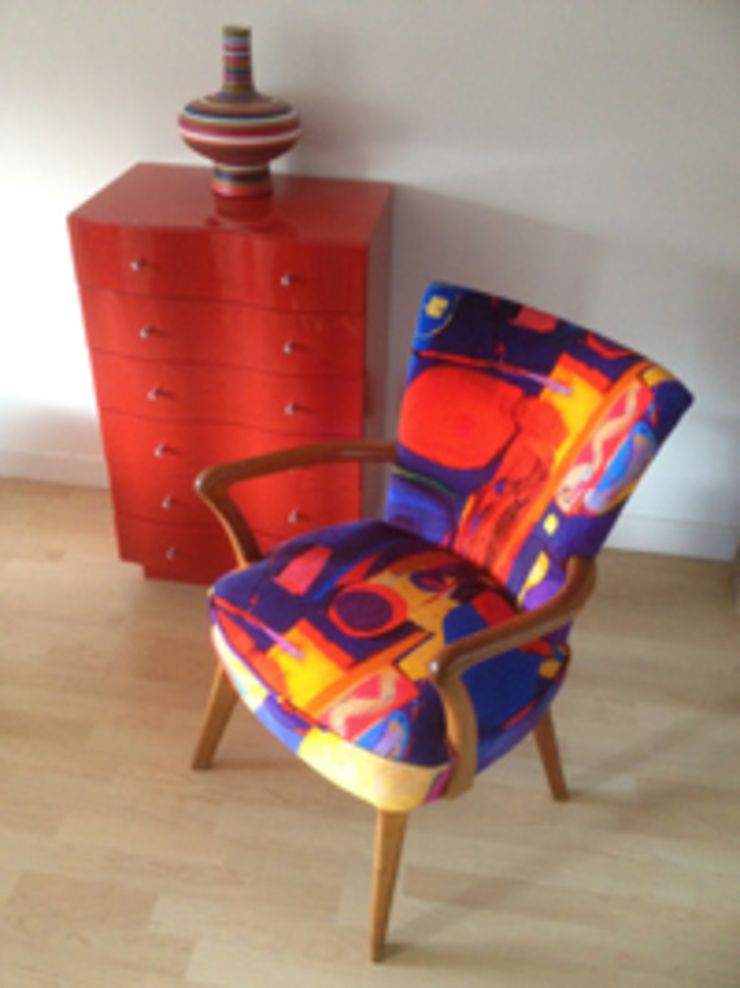 True colours fabric: modern  by Michelle Scragg, Modern