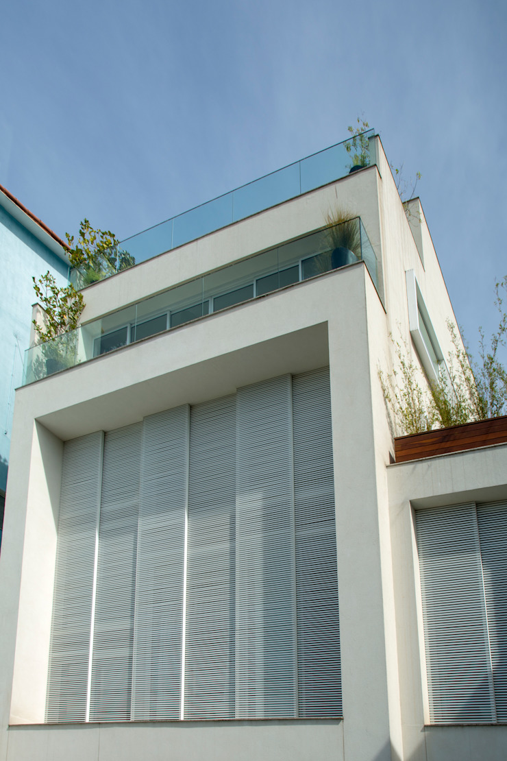 Mirante House Casas modernas por Gisele Taranto Arquitetura Moderno