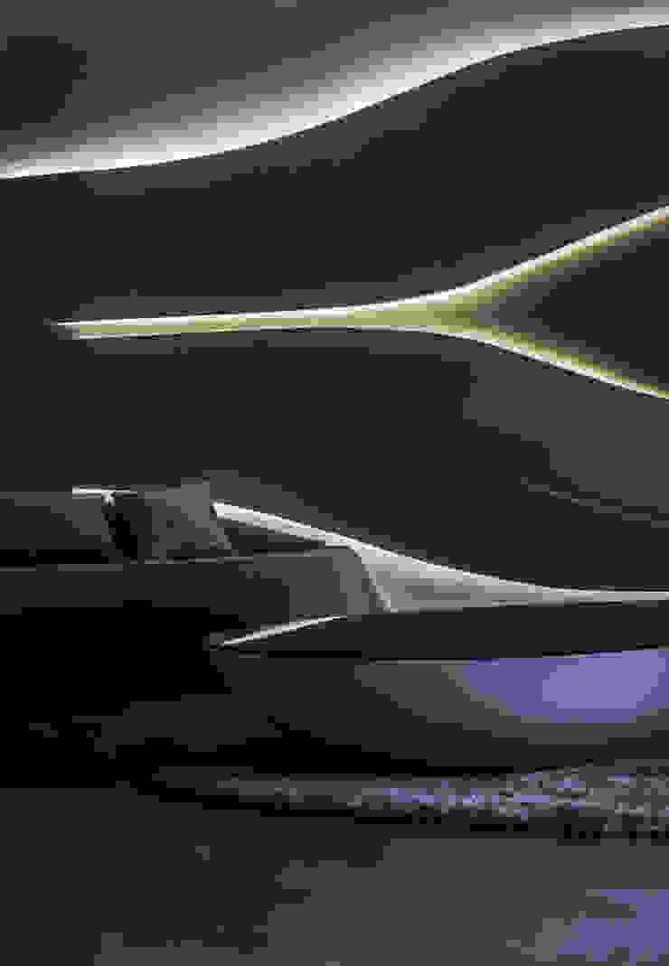 Undulating Living Living room by Studio Symbiosis