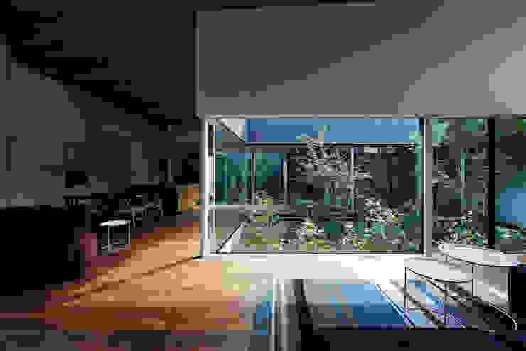 Jardines de estilo  por 石井秀樹建築設計事務所, Moderno