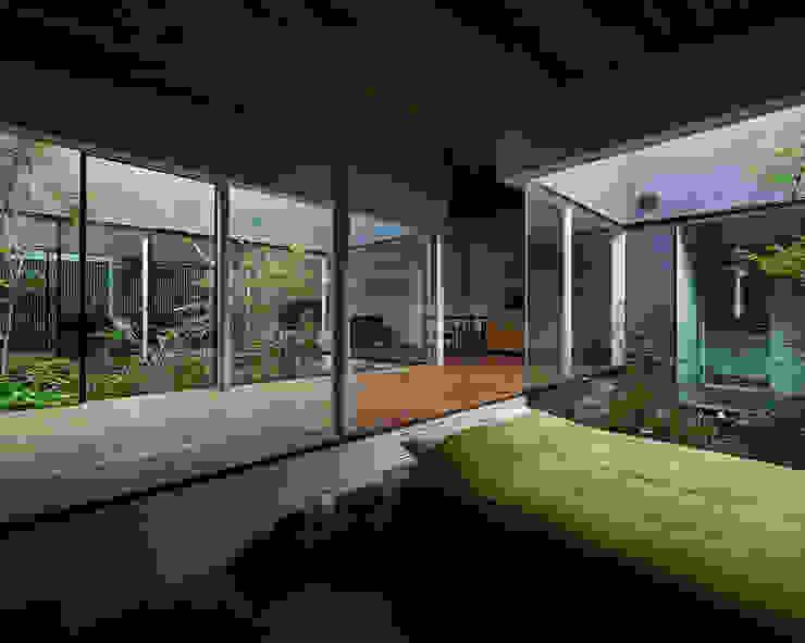 東村山の家 モダンスタイルの 玄関&廊下&階段 の 石井秀樹建築設計事務所 モダン