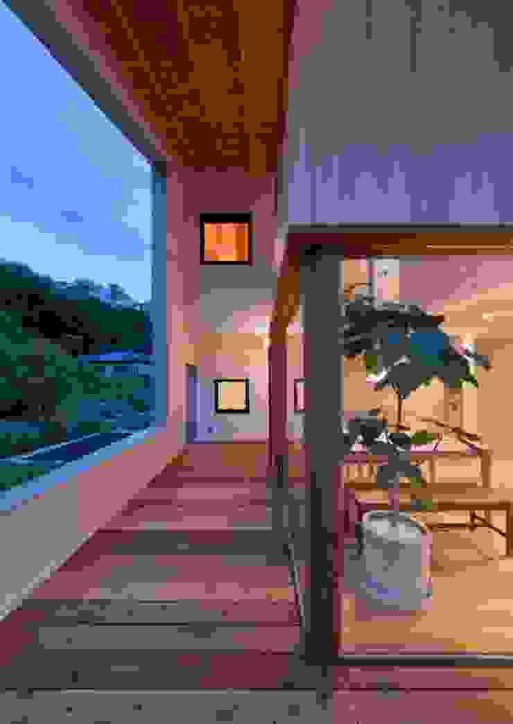 コヤナカハウス: 寺下 浩 一級建築士事務所が手掛けたアジア人です。,和風
