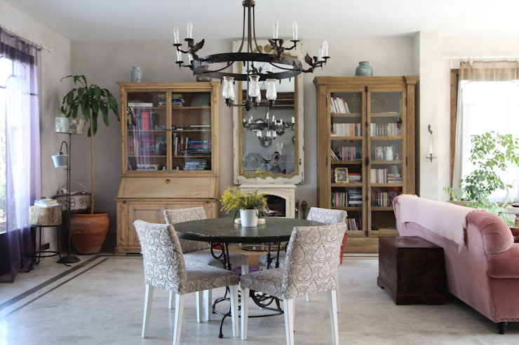Provence Villa in İstanbul Country style dining room by Orkun İndere Interiors Country