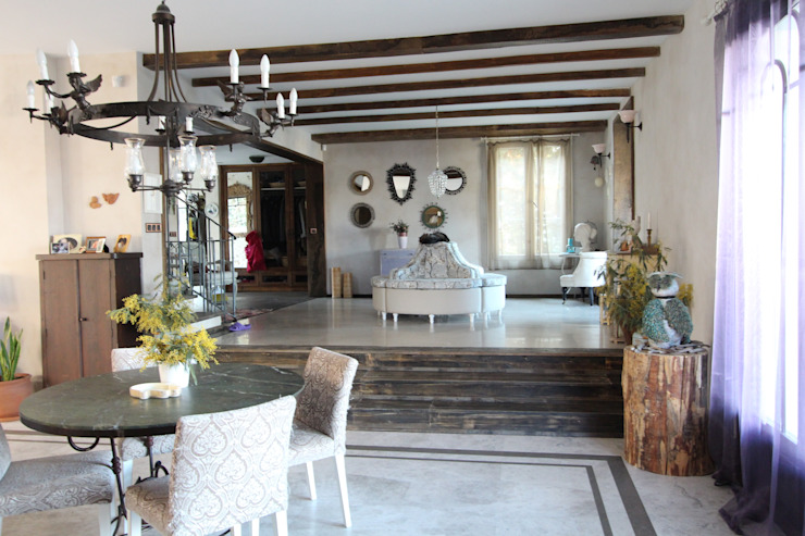 Provence Villa in İstanbul Flur, Diele & Treppenhaus im Landhausstil von Orkun İndere Interiors Landhaus