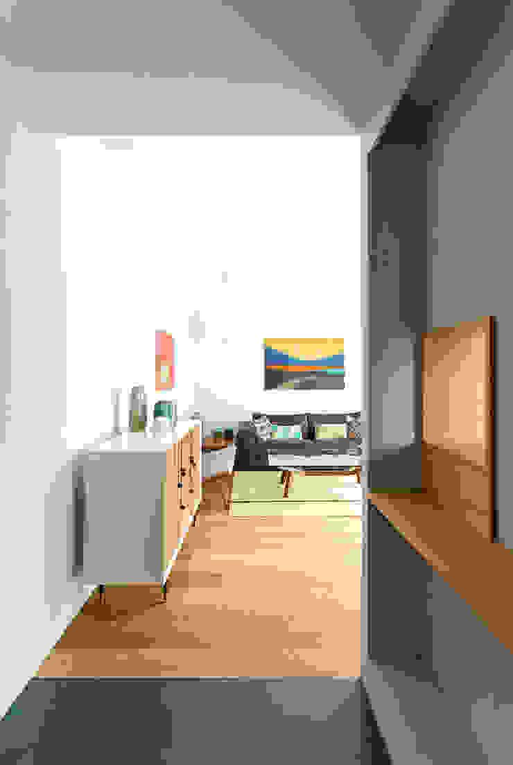 Salón Casas de estilo moderno de ACABADOMATE Moderno