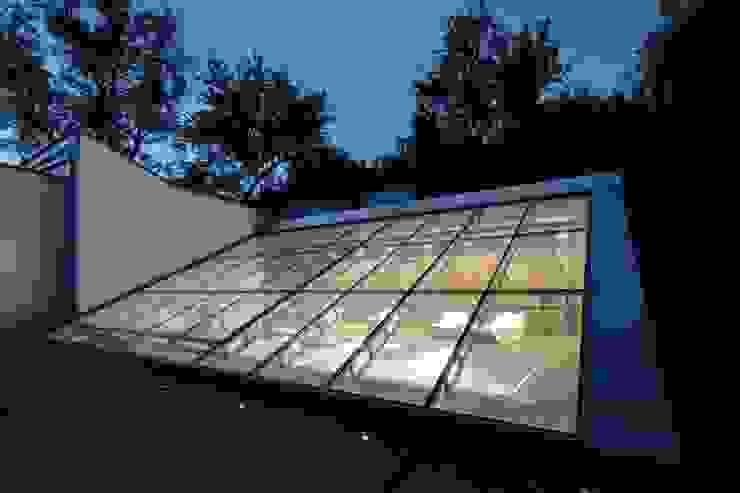Villa Arwen Modern houses by ATELIER 8000 Modern