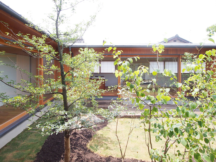 三本松の家 (House in Sanbonmatsu) アジア風 庭 の 合同会社グラムデザイン一級建築士事務所 和風