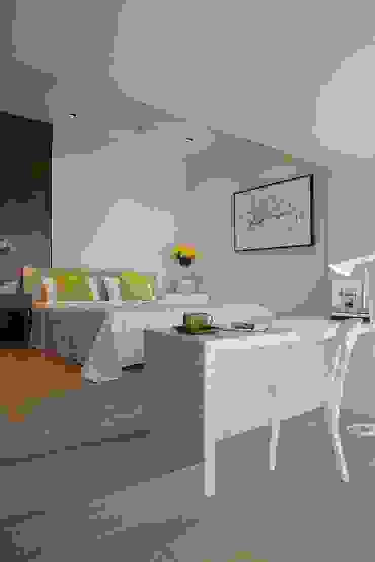 Apartment on Malabar hill-1 by Rajiv Saini & Associates