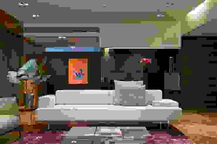 mumbai penthouse 2 Rooms by Rajiv Saini & Associates