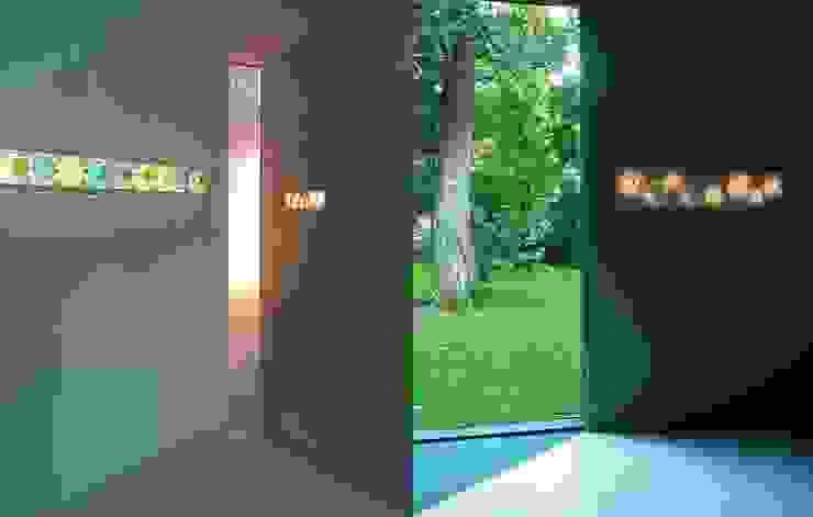 trois lunes: modern  von eigenform,Modern