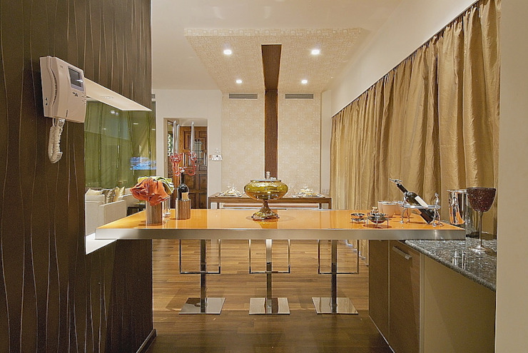 view of dining from kitchen shahen mistry architects Modern Houses