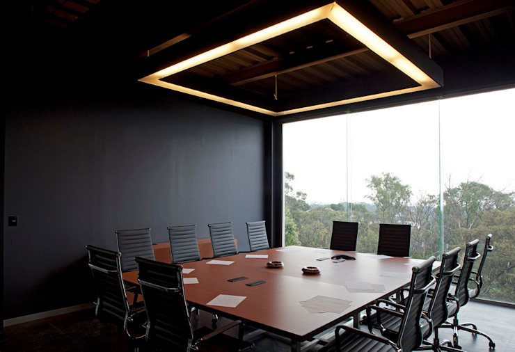 الغرف من Boutique de Arquitectura (Sonotectura + Refaccionaria)