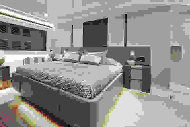 Master bedroom Modern Yat & Jetler Kelly Hoppen Modern