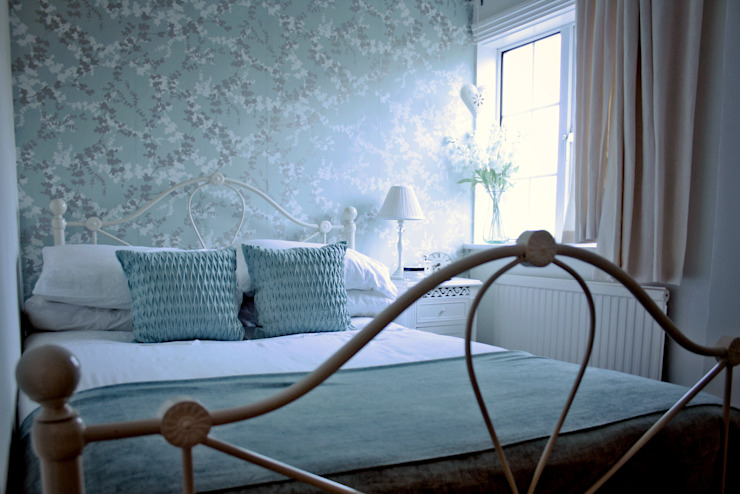 A Country Cottage Country style bedroom by My Bespoke Room Ltd Country