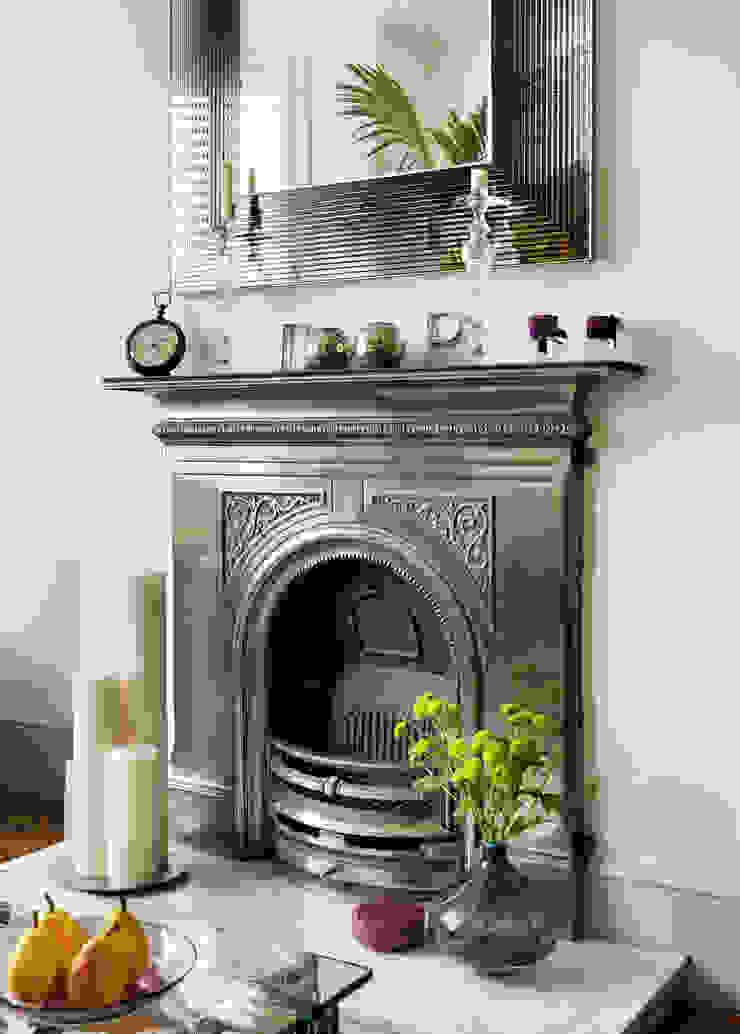 Camberwell Victorian House Modern living room by My Bespoke Room Ltd Modern