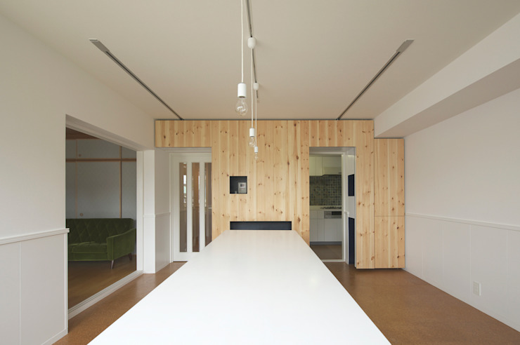 SWITCH apartment by YUKO SHIBATA ARCHITECTS Сучасний