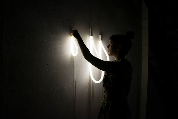 Dark Matter – A collection of lights: modern  door Studio Truly Truly, Modern