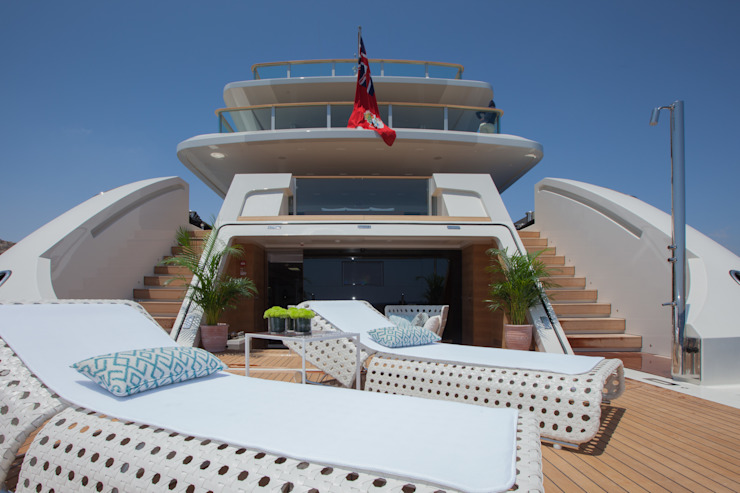 M/Y Saramour CRN SPA - YACHT YOUR WAY- Yacht & Jet in stile mediterraneo