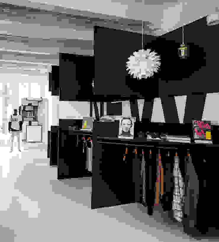 FrameStore 2.0 Moderne winkelruimten van i29 interior architects Modern