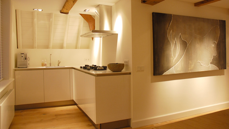 Residential Canal Side Moderne keukens van Studio Mariska Jagt Modern