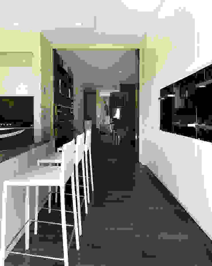 Studio d'Architettura MIRKO VARISCHI Dapur Modern