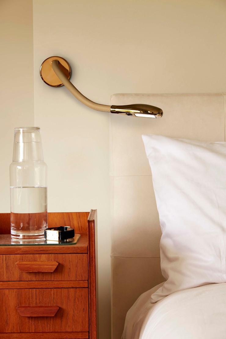 Cirrus Wall Mounted Light by Beadlight Collections