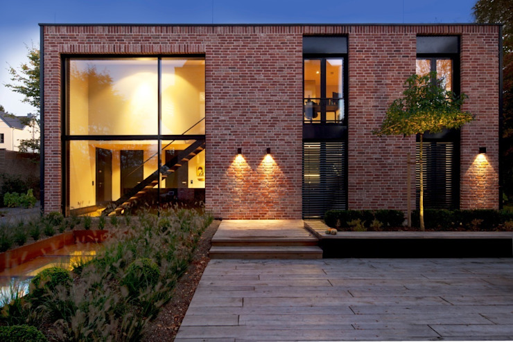 Casas estilo moderno: ideas, arquitectura e imágenes de SONJA SPECK FOTOGRAFIE Moderno