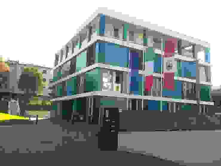 Scale Ingresso, Corridoio & Scale di stefania wegher architetto