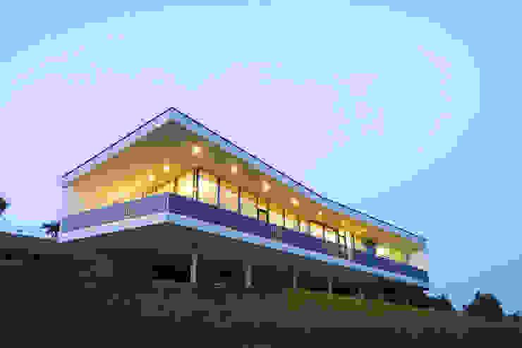 Südwestseite Moderne Häuser von Kaltenegger und Partner Architekten ZT GmbH Modern