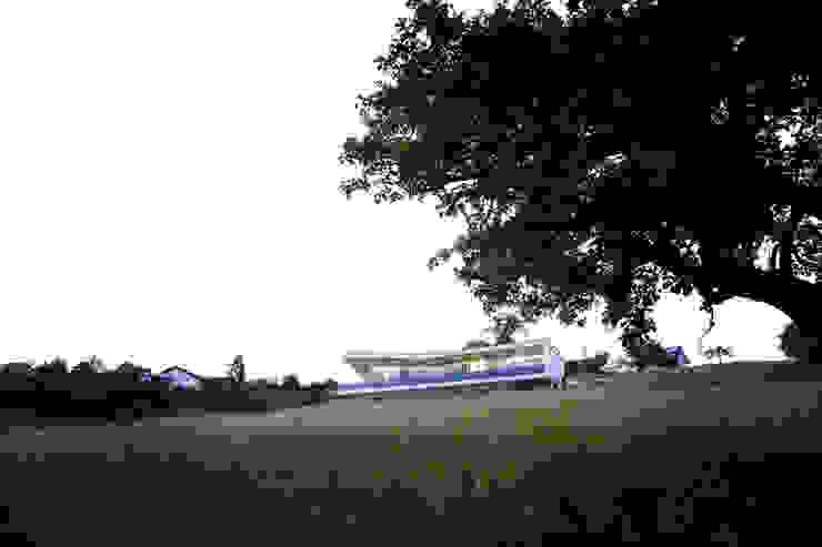 In der Landschaft Moderne Häuser von Kaltenegger und Partner Architekten ZT GmbH Modern