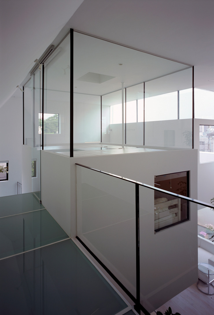 KRE モダンスタイルの 玄関&廊下&階段 の no.555 モダン