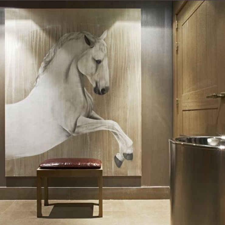 Hotels In-situ animal painting 클래식 스타일 호텔 by Thierry Bisch - Peintre animalier - Animal Painter 클래식