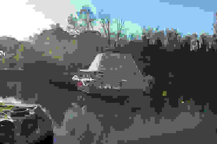 Jellyfish Barge di Studio Mobile