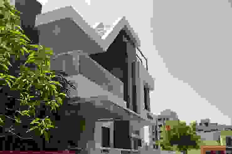 sheetal chaya Modern living room by manoj bhandari architects Modern