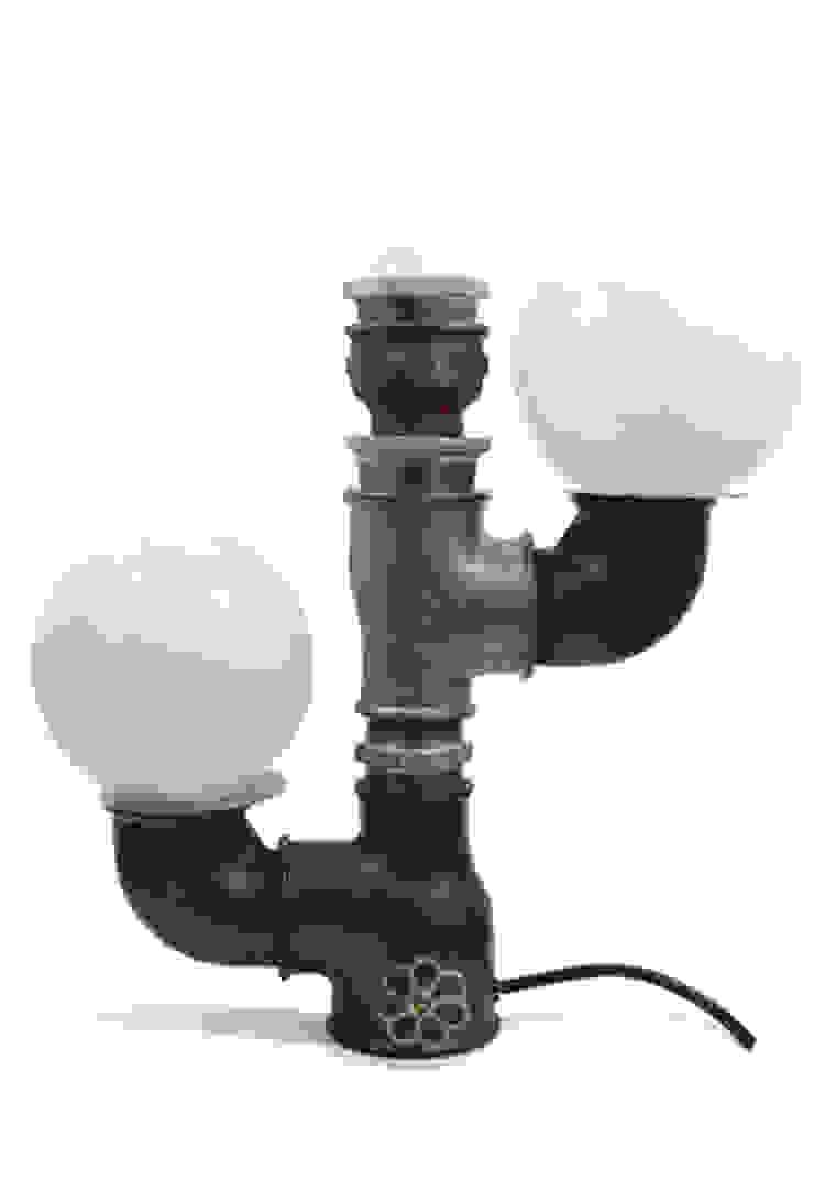 CACTUS:  de estilo industrial de Mckorr Lamps, Industrial