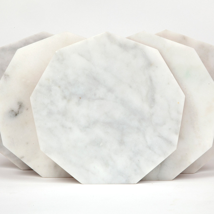 White Hexagon Marble Fort Standard Trivet: minimalist  by Fate London, Minimalist