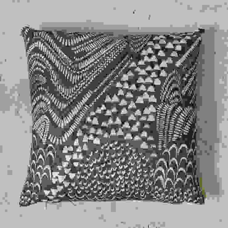 linen starling cushion: modern  by Fate London, Modern