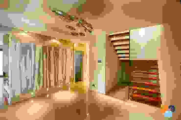 Pasillos, vestíbulos y escaleras de estilo moderno de Studio Projektowe Projektive Moderno