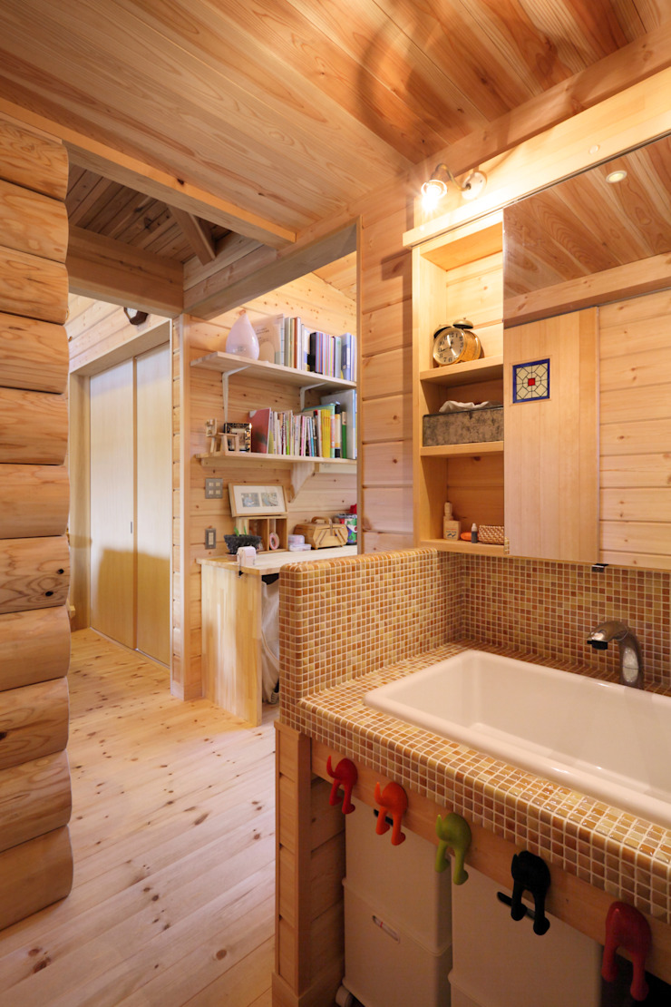 Country style bathrooms by ATELIER TAMA Country