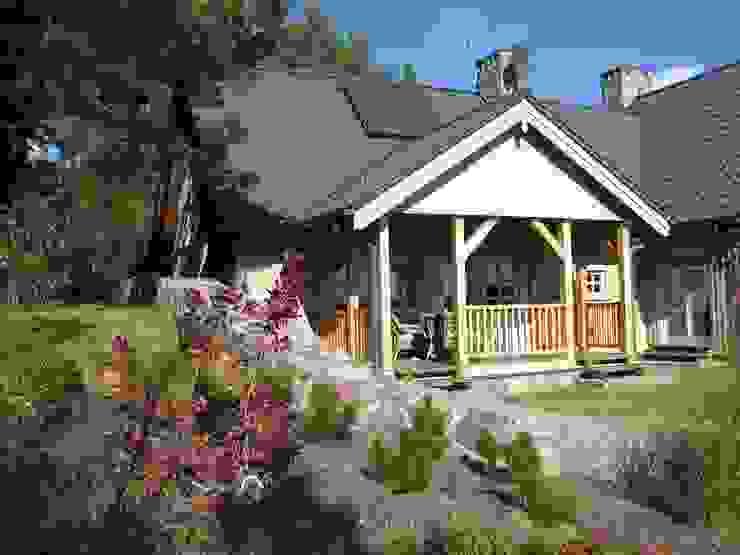 Rumah oleh Pracownia Tutaj, Rustic