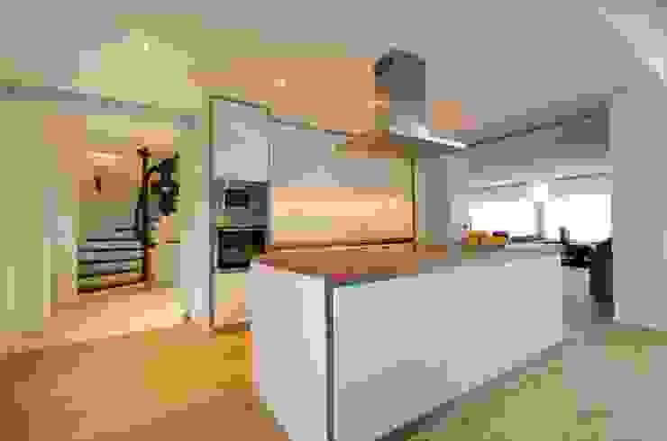 Küche Moderne Küchen von Planungsbüro Schilling Modern