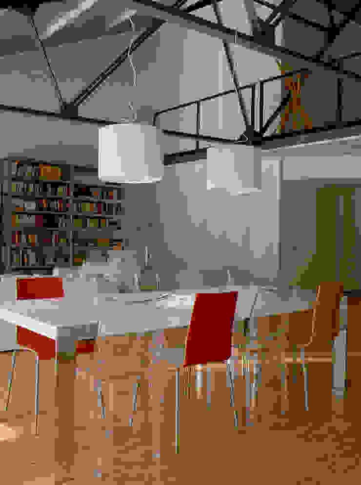 Salle à manger industrielle par Paola Maré Interior Designer Industriel