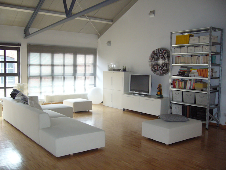 Industrial style living room by Paola Maré Interior Designer Industrial