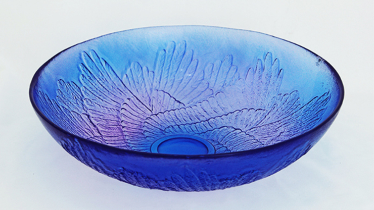 Paradise Wings Bowl, Purple by Mats Jonasson at Riverside Art and Glass.: modern  by Riverside Art and Glass, Contemporary Gallery, Modern