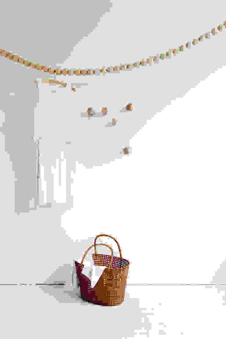 S N A K E von Design fürs Heim Minimalistisch