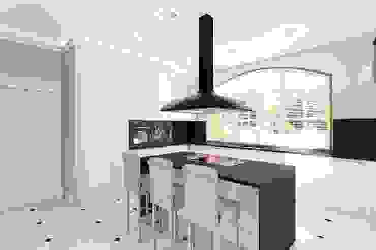 Nhà bếp phong cách hiện đại bởi Mocca Studio Hiện đại