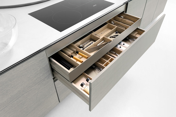 Storage options to make life easier: modern  by fit Kitchens, Modern