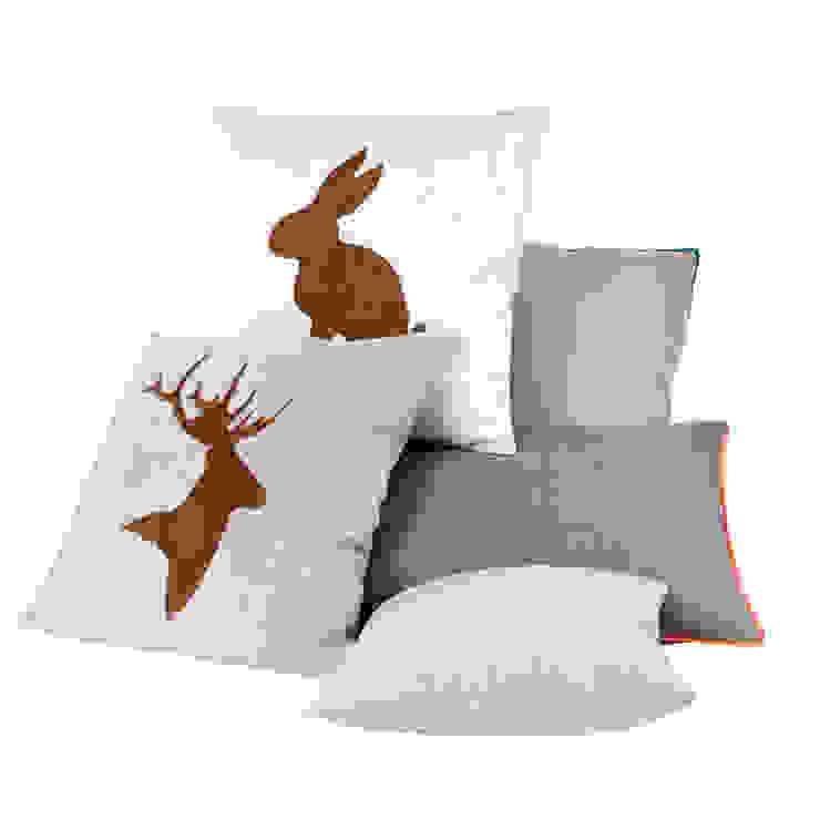 a cushion: styl , w kategorii  zaprojektowany przez Gie El Home,Klasyczny