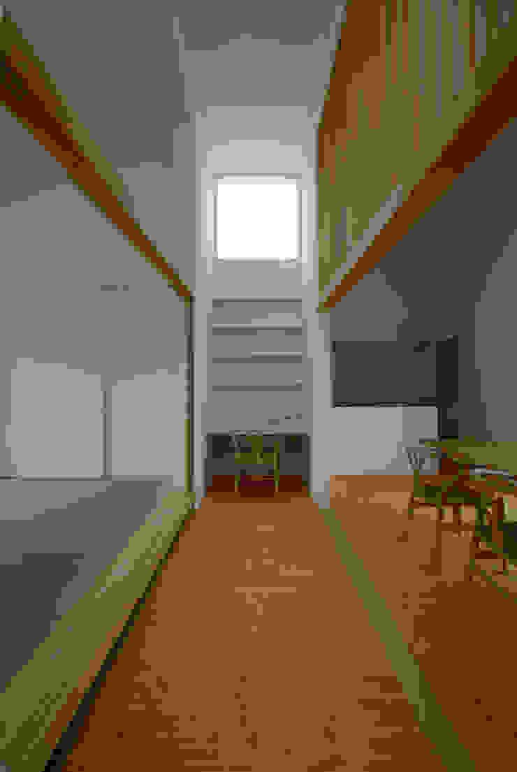 富士宮の家 モダンデザインの ダイニング の CASE DESIGN STUDIO モダン